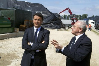 Terra dei fuochi: Renzi, via le ecoballe e via la camorra